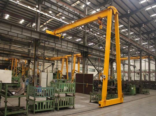 Fábrica de grúas para construcción